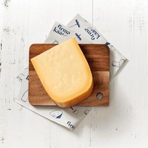 Belegen kaas, elke keer een andere boer (ongeveer 470gr) - Nooit zonder