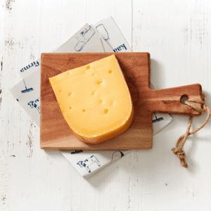Jong belegen kaas, elke keer een andere boer (ongeveer 500gr) - Nooit zonder
