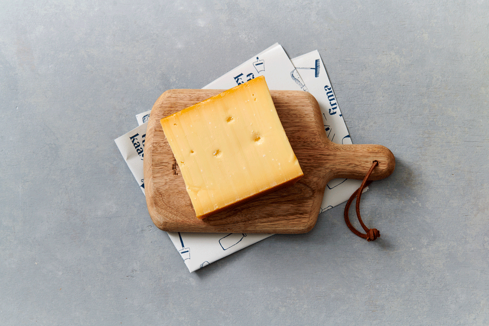 Oude kaas, elke keer een andere boer (ongeveer 430gr) - Nooit zonder