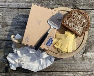 kaas door de brievenbus